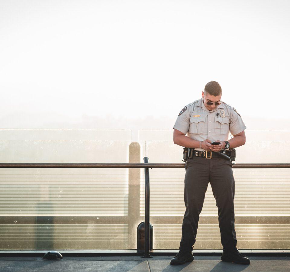 Agencja ochrony- czym jest, zalety skorzystania z jej usług.